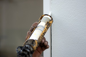 caulking between building of walls
